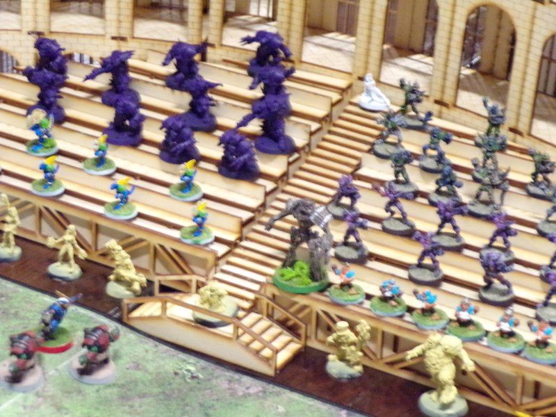 Blood Bowl tabletop Game Spectators